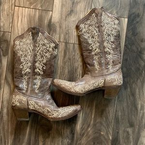 7 1/2 corral snip toe boots